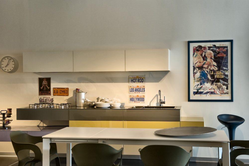 Contini ArredamentoLe cucine in esposizione nello showroom di ...